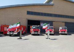 واگذاری ۲۴ دستگاه ماشین آتش نشانی نیمه سنگین به شهرداریها همزمان با هفته دولت