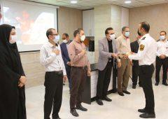 تجلیل شهردار و اعضای شورای اسلامی شهر لار از آتش نشانان لارستان